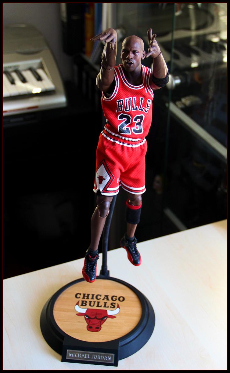 Enterbay Michael Jordan [Archive] - Page 22 - Sideshow Freaks